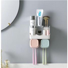 Dispensador de pasta de dentes e escovas